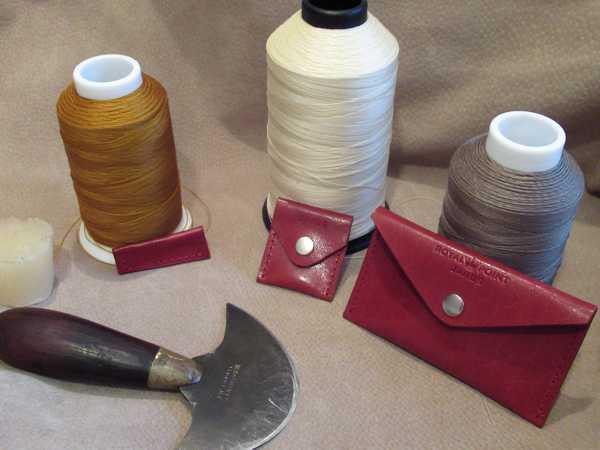 RoyalPoint Janus Red Leather Bundle